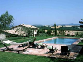 Lovely 7 bedroom Orvieto Villa with A/C - Orvieto vacation rentals