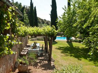 Bright Villa with Dishwasher and A/C - Sovicille vacation rentals