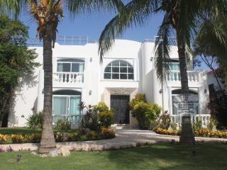 Villa La Perla Blanca - Playa del Carmen vacation rentals