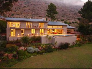 SWAANSWYK VIEWS - Cape Town vacation rentals