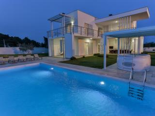 Luxury Smrikve Lounge Villa nearby Brioni Islands - Barbariga vacation rentals