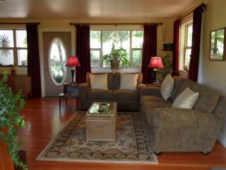Quarry Hill Farm Boutique Accommodations - Close to Everything. Weekly Rental - Ashland vacation rentals