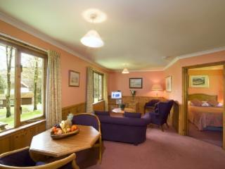 POPLAR LODGE, Lerags Glen, Oban, Argyll, Scotland - Oban vacation rentals