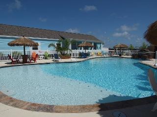 3 bedroom 2 bath unit in FABULOUS Pirates Bay! - Port Aransas vacation rentals