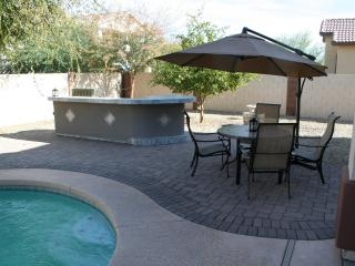 Beautiful 4000 ft2 upscale home with heated pool - Surprise vacation rentals