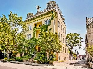 Historic Mansion DuPont/Logan Middle of the City! - Washington DC vacation rentals