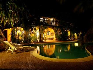 Luxury Villa Amarilla Isla Margarita Playa el Agua - Playa el Agua vacation rentals
