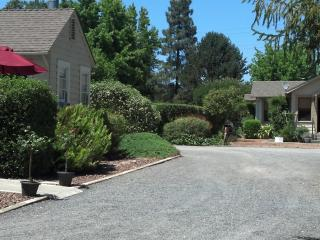 Iva's Cottage & Garden House Sonoma Wine Country - Sonoma vacation rentals