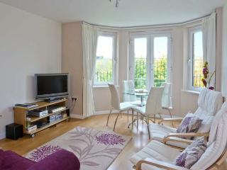 WEAVERS LINN, first floor apartment, modern facilities, close to village, near Melrose, Ref 20148 - Jedburgh vacation rentals