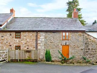 2 NANT LANE COTTAGES, stone-built property, romantic retreat, walks, near - Oswestry vacation rentals