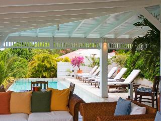 Des Amis (AMI) - Lurin vacation rentals