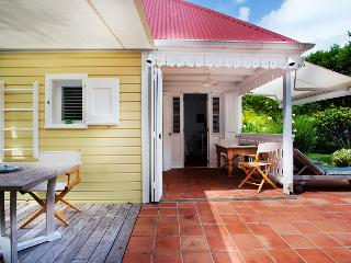 Perfect Villa with Internet Access and A/C - Saint Jean vacation rentals
