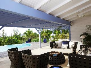 Comfortable Villa with A/C and Wireless Internet - Pointe Milou vacation rentals