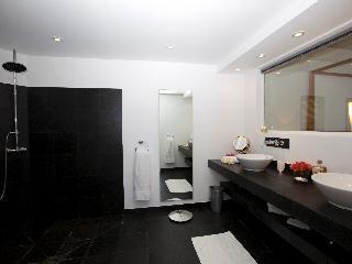 Perfect 3 bedroom Camaruche Villa with A/C - Camaruche vacation rentals