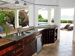 Comfortable Villa with Internet Access and A/C - Pointe Milou vacation rentals