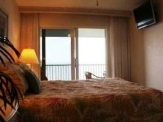 Gulf Front 2/Bedroom Vacation Rental.#302 - Image 1 - Fort Myers Beach - rentals