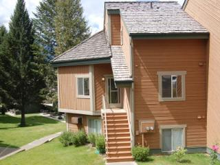 WA0049 - Windermere - Akiskinook - Windermere vacation rentals