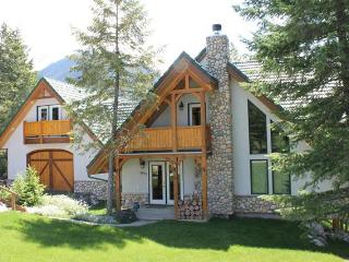 FM4955 - Private Home 5 bedrooms - Panorama vacation rentals