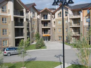 IW3305 - Invermere Lakefront Condos - Windermere Pointe - Bruce Bldg - Fairmont Hot Springs vacation rentals