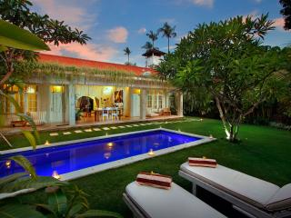 Gorgeous 2 BR Villa Near Seminyak Beach - Seminyak vacation rentals