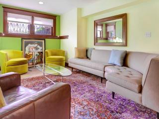 Prime Capitol Hill Location 2 Bedroom 2 Full Bath! - Washington DC vacation rentals