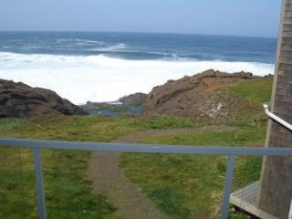 3rd nt free with a wknd stay  thru 12/24  RSS Royal Pacific Oceanfront Condo - Depoe Bay vacation rentals