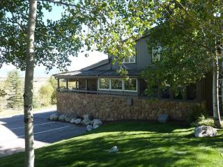 Large Luxury Town House Right In The Village! - Teton Village vacation rentals