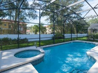 SEASONS-(1075SB) - 5BR 4.5BA Home, 3 Master Suites, Pool & Spa, close Disney - Kissimmee vacation rentals