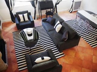Saint Germain 3 Bedroom 2 Bathroom  (4205) - Eugenie Les Bains vacation rentals