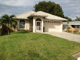 Gorgeous Pool Home- 1.1 miles to Pristine Beaches! - Naples vacation rentals