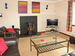 MILLENNIUM COTTAGE, games room, ample off road parking, gardens, in Embleton, Ref 20697 - Embleton vacation rentals