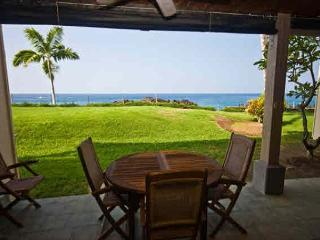 KKSR2103 DIRECT OCEANFRONT, Ground Floor, Wifi! - Kailua-Kona vacation rentals