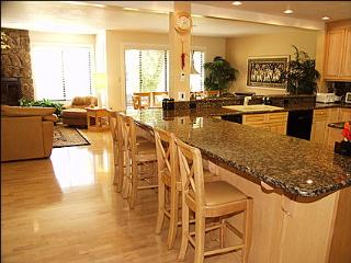 Golf Course Location - 4 Bedrooms plus loft and bunk room (1259) - Snowmass Village vacation rentals