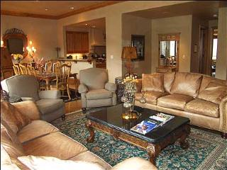 Luxury Townhouse - Ski-in/Ski-out (2142) - Northwest Colorado vacation rentals