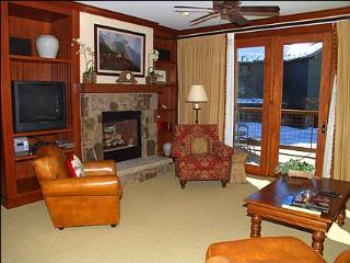 Snowmass Club - 2 Bedroom - Full Amenities (2149) - Snowmass Village vacation rentals