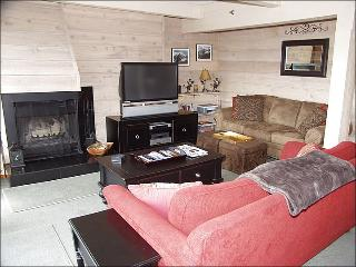 Deluxe 2 Bedroom! - Great value! (2157) - Northwest Colorado vacation rentals