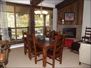 Great Value Condo - Woodbridge Condo Complex (2491) - Northwest Colorado vacation rentals