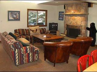 Secluded Condo - Close to Lifts (2603) - Aspen vacation rentals