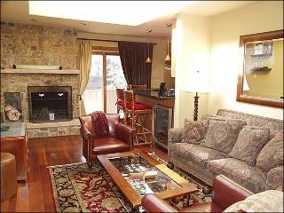 Aspen Condo - Walk to Lifts (2609) - Aspen vacation rentals