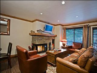 Newly Remodeled  - Walk to restaurants and Lifts (4280) - Northwest Colorado vacation rentals