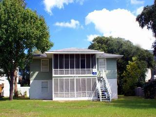 Gaddy Downstairs - Surfside Beach vacation rentals