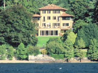 Villa Affascinante Lake como luxury vacation villa - San Siro vacation rentals
