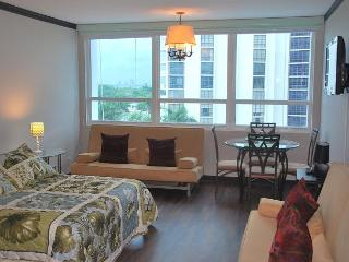 Comfortable Studio for 4, BAY VIEW - Miami Beach vacation rentals