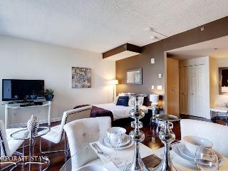 Montreal Dolcetto Executive Studio - Longueuil vacation rentals
