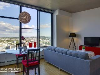 Vancouver Woodwards 1BR Executive Rental - Montreal vacation rentals