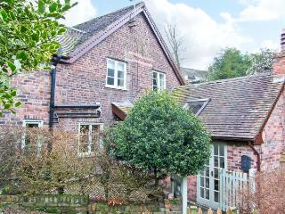 SLEEPY HOLLOW, off road parking, garden, in Jackfield, Ref 16362 - Jackfield vacation rentals