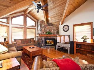 Beautiful Condo with Internet Access and Satellite Or Cable TV - Park City vacation rentals