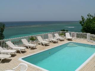 PARADISE PWJ - 97248 - DREAM VACATION | 3 BED VILLA WITH POOL | ORACABESSA - Montego Bay vacation rentals