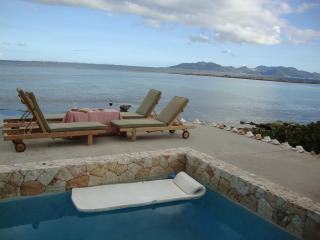 Anguilla Villa with pool on Caribbean beachfront / - Cul De Sac vacation rentals