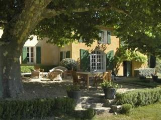 Villa des Maures villa rental in the Var  near saint. tropez southern france - La Mole vacation rentals